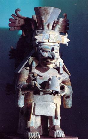 Decadencia y muerte de los Mayas