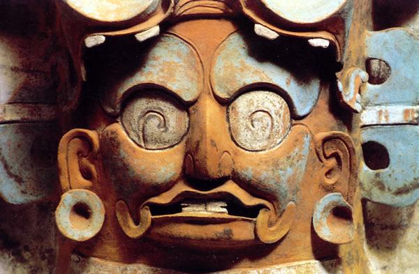 los mayas  palacios y piramides