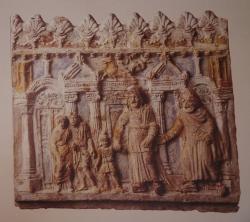 Placa Campana con una escena del Astianacte de Accio