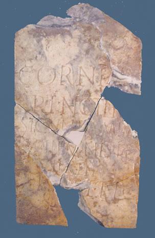 Lápida funeraria de la mima Cornelia Nothis