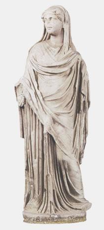 Estatua de actor vestido de mujer