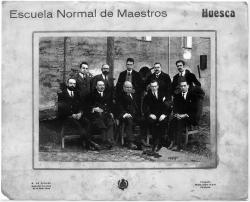 Profesores de la Escuela Normal de Huesca. Hacia 1924 (Familia Acín