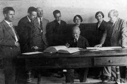 Claustro de profesores de la Escuela Normal de Huesca. 1932 (Museo de Huesca)