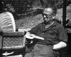 Max Aub en el Casino de la Selva (Cuernavaca, México). Ca. 1946-1953