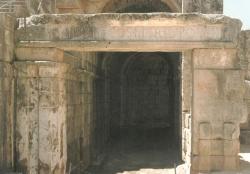Puerta del aditus maximus