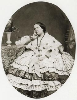 INFANTE SEBASTIÁN GABRIEL. Retrato de Isabel II, ca. 1865