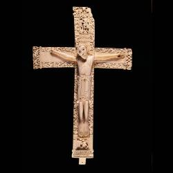 Crucifijo. Hacia 1063. Madrid, Museo Arqueológico Nacional
