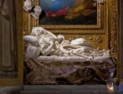 Gian Lorenzo Bernini: Estasi della beata Ludovica Albertoni. 1671-1674. Chiesa di San Francesco a Ripa, Roma.