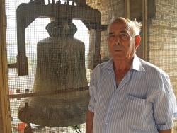 Santiago Alcolea, el último campanero