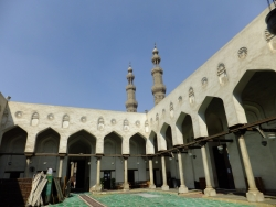 Mezquita de Salih Talaï. Figura 30: arcadas y tirantes