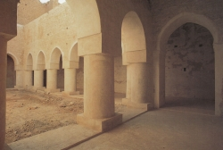 Ukhaïdir. Figura 10a: la mezquita principesca