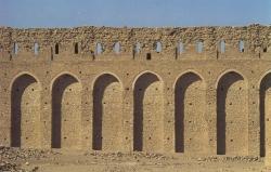 Ukhaïdir. Figura 8: un dispositivo fortificado