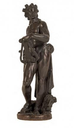 De la captura de un buque inglés en 1783 procede la escultura de Apolo, de Girolamo Campagna (modelo). 1551-1600. Bronce. Museo Arqueológico Nacional (Madrid).