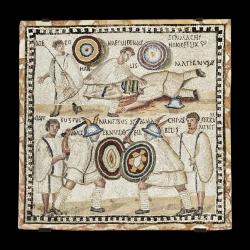 El Mosaico de los gladiadores (201-300 d.C. —siglo III—. Pasta vítrea y mármol), había pertenecido desde su descubrimiento en 1670 a la colección personal del cardenal Camillo Massimo. Museo Arqueológico Nacional (Madrid).