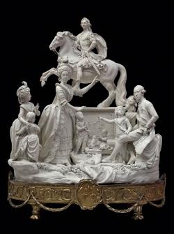 Porcelana de la Familia Real de Nápoles. Real Fábrica Ferdinandea (Nápoles). Ca. 1784. Museo Arqueológico Nacional (Madrid)