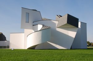 Frank O. Gehry: Vitra International Furniture, Weil am Rheim (Alemania) 1986-89