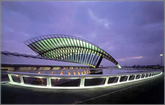 Santiago de Calatrava: Estación de ferrocarril Lyon-Satolas, Lyon, Francia, 1989-94