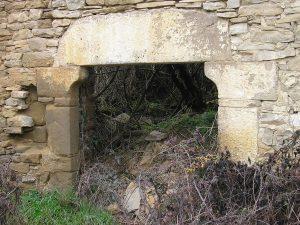 Paternoy. Puerta típica
