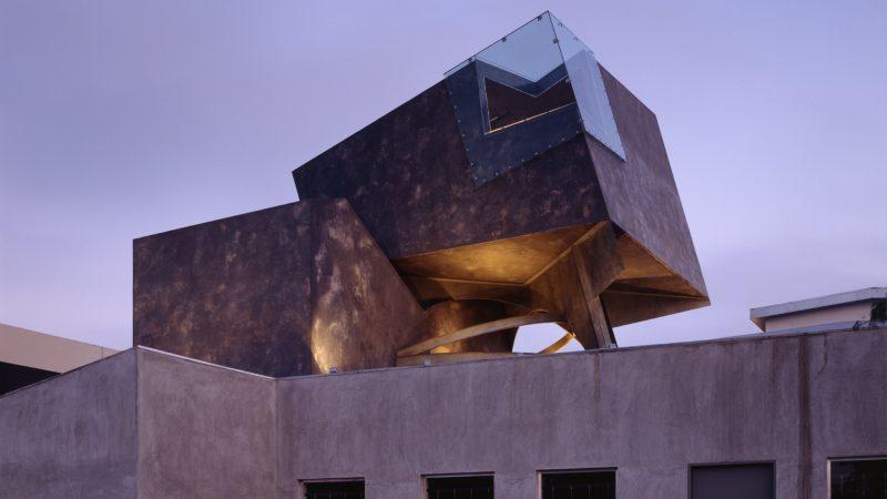 Eric Owen Moss: La Caja. Culver City, California, EE.UU., 1990-94