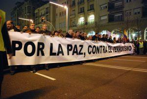 Zaragoza muestra su rechazo al terrorismo