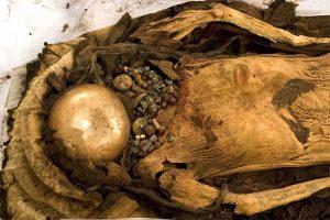 La momia tatuada