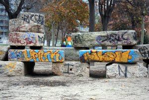 Grafitis parque Bruil
