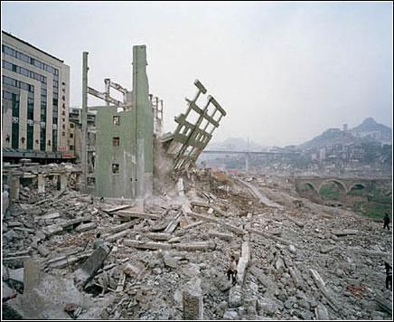 Three Gorges Dam Project, Wan Zhou #4, Yangtze River, China 2002