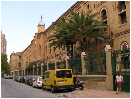 Edificio de la Casa de Amparo en el barrio de San Pablo.