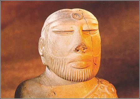 Busto de rey-sacerdote (detalle) en esteatita procedente de Mohenjo-Daro