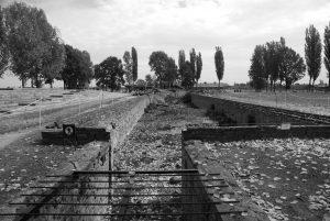 Auschwitz II (Birkenau): Entrada cámara de gas
