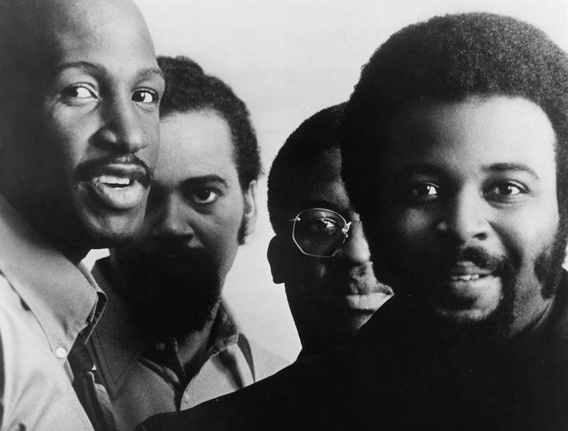 De izquierda a derecha: Wilton Felder, Joe Sample, Wayne Henderson and Stix Hooper. Credit: Gilles Petard/Redferns