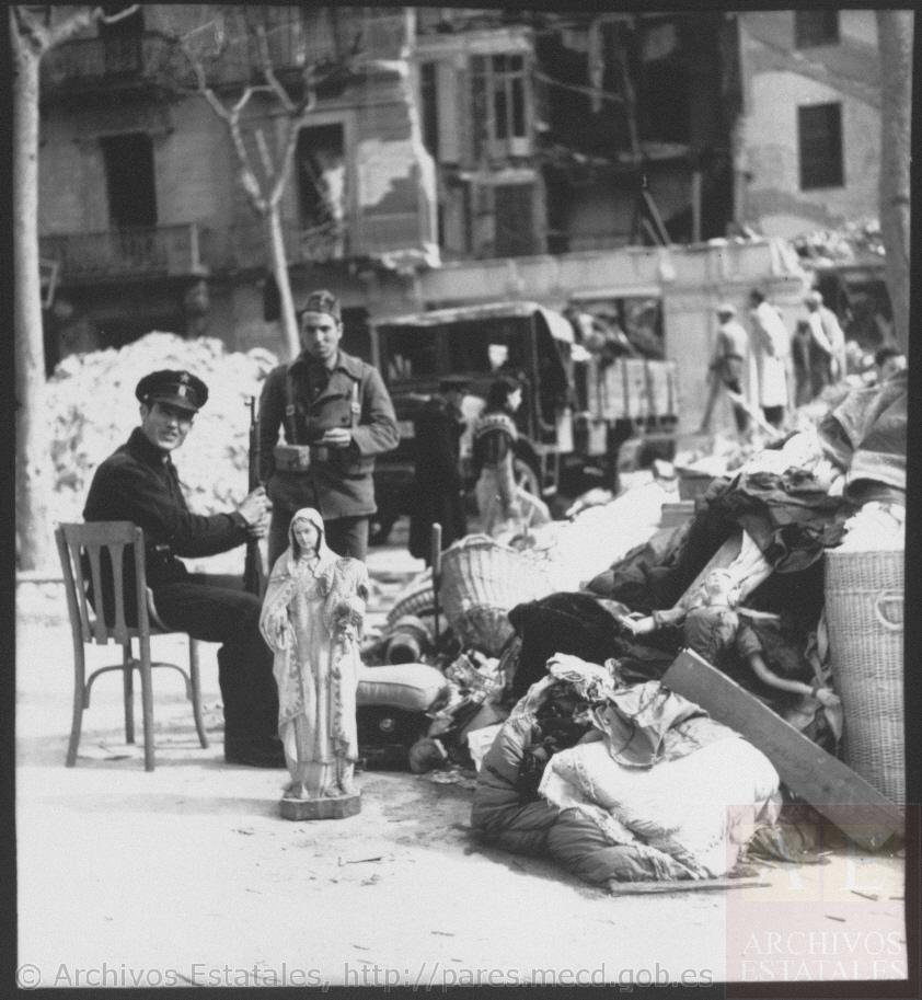 Vigilando después del bombardeo