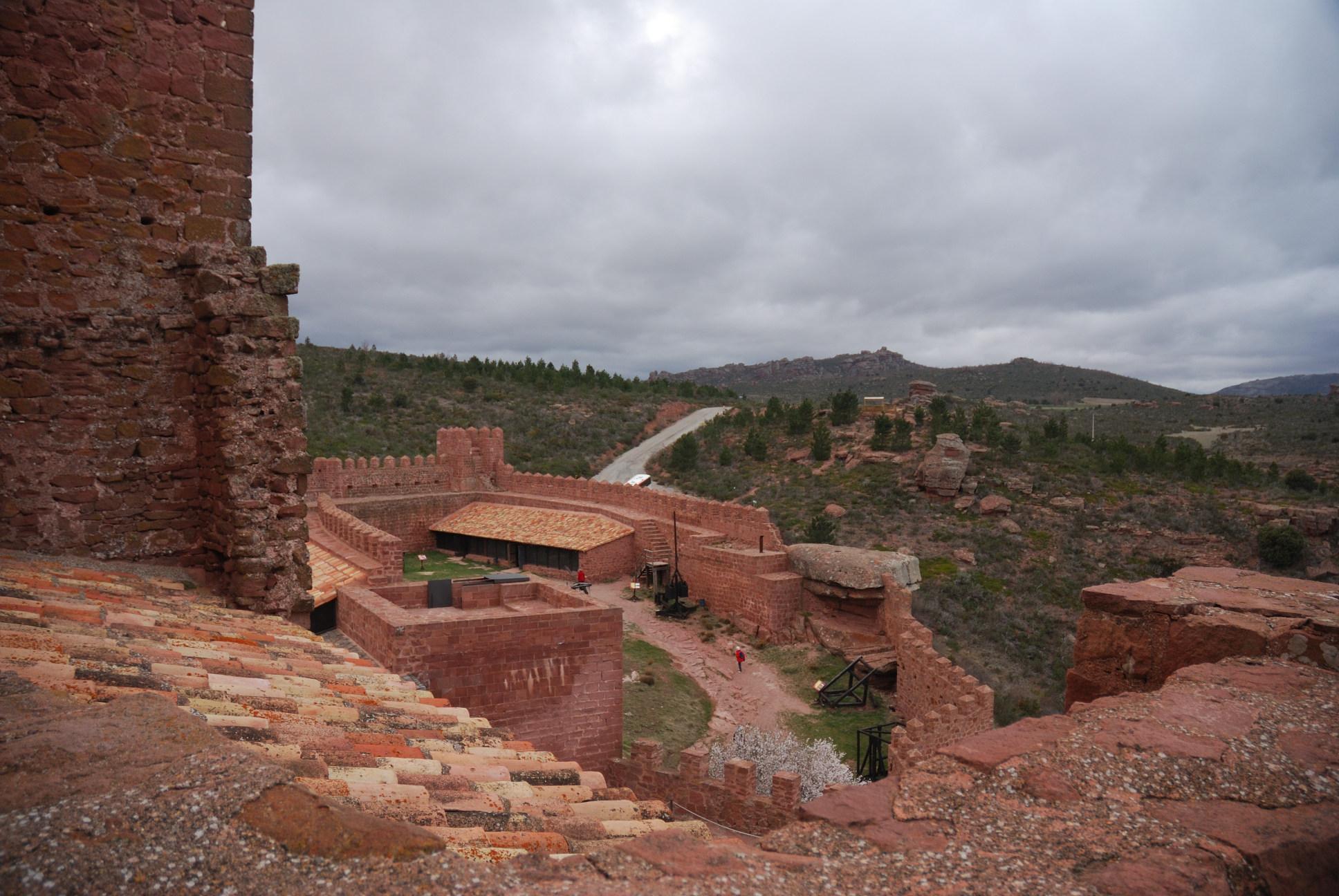 El castillo de Peracense: recinto inferior
