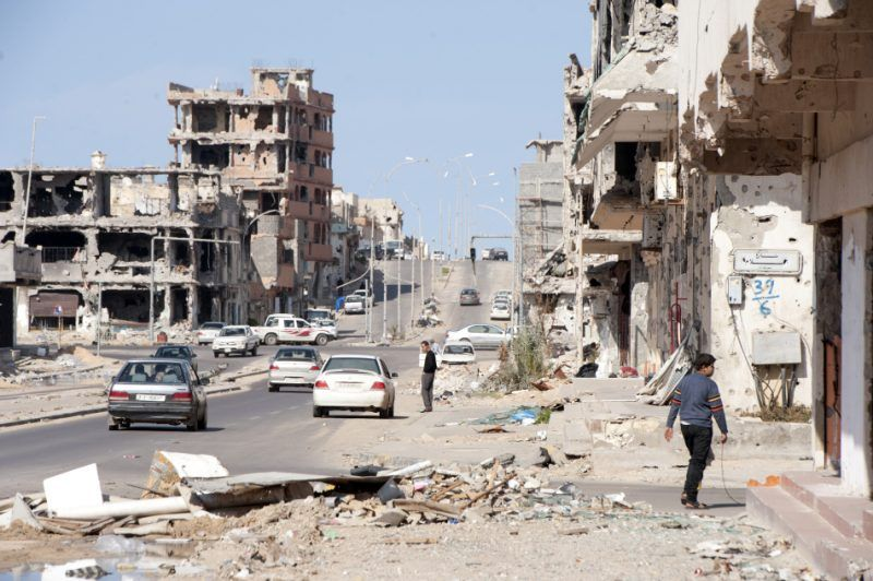 After two months of heavy fighting between revolutionaries and pro regime, the city of Sirte is in ruin. With an unknown number of ammunition used during the conflict, the number of unexploded engines scattered all over the city is enormous and represent a threat for the civilians. The Danish Demining Group, financed by ECHO, is dealing with this dangerous material.