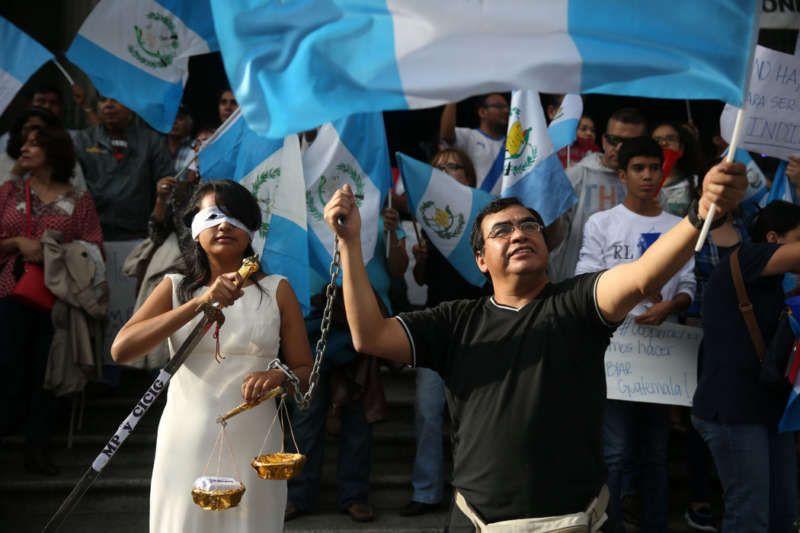 Protesting in June in Guatemala City against corruption involving the former president Otto Pérez Molina. Esteban Biba/European Pressphoto Agency