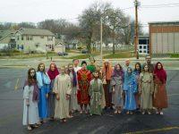 Participantes en una representación de la Semana Santa en Wisconsin, Estados Unidos. Credit Mark Power/Magnum Photos