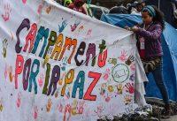 Una manifestación en apoyo al proceso de paz en la Plaza de Bolívar de Bogotá Luis Acosta/Agence France-Presse — Getty Images