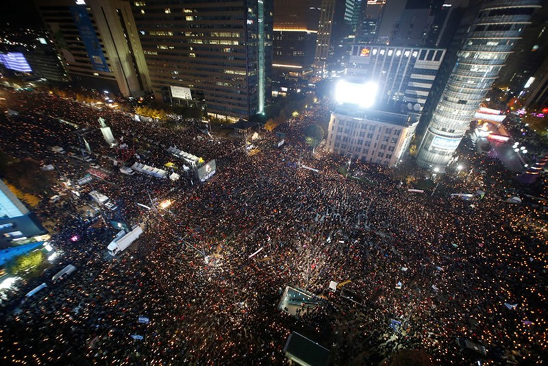 South Koreans take part in a rally calling for the president to step down in central Seoul on November 12 2016. Kim Hong-Ji/Reuters