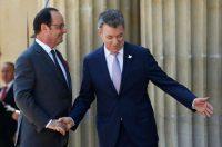 El presidente de Francia, François Hollande, y el presidente de Colombia, Juan Manuel Santos en Bogotá Fernando Vergara/Associated Press