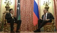 Sergei Lavrov meets with GNA leader Fayez Sarraj in Moscow. Photo: Getty Images.