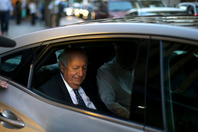 Ricardo Lagos bids adieu after withdrawing from the presidential race on April 10 2017. Ivan Alvarado/Reuters
