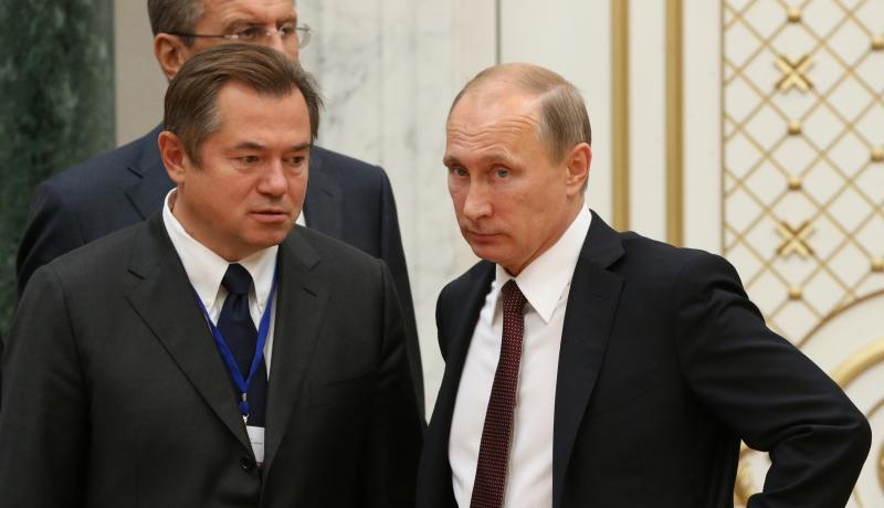 Sergei Glazyev and Vladimir Putin. Photo: Getty Images.