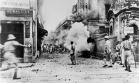 Riots that took place in the streets of Calcutta in 1946 between Muslims and Hindus claimed thousands of lives. Credit Keystone-France/Gamma-Keystone, via Getty Images