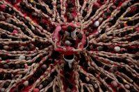 """Durante los festivales en Cataluña, los equipos intentan construir y después desmantelar torres humanas (""""castells""""). Credit Josep Lago/Agence France-Presse — Getty Images"""