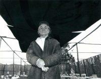 Nicanor Parra en un evento conmemorativo de Vicente Huidobro en 2001, en Cartagena, Chile Credit Alvaro Hoppe/Associated Press