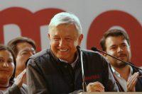 Andres Manuel López Obrador, precandidato a la presidencia de México en las elecciones de este año, habló en un mitin en Ciudad de México el 17 de diciembre de 2017. Credit Ginnette Riquelme/Reuters