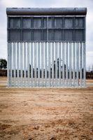 Uno de los prototipos del muro que el presidente Donald Trump ha prometido construir en la frontera con México Credit Josh Haner/The New York Times