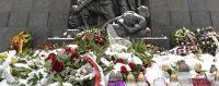Le monument aux héros du ghetto à Varsovie, le 6 février 2018. © Alik Keplicz