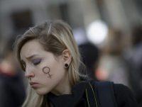 En 2014, se pretendía restringir la ley de aborto en España. Como reacción a esa reforma, se organizó una protesta masiva en Madrid el 1 de febrero de ese año. Credit Dani Pozo/Agence France-Presse — Getty Images