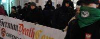Manifestation de nationalistes polonais en faveur de la nouvelle loi condamnant l'usage du terme «camps de la mort polonais» introduite par le gouvernement conservateur. Varsovie, 5 février 2018. © JANEK SKARZYNSKI/AFP PHOTO